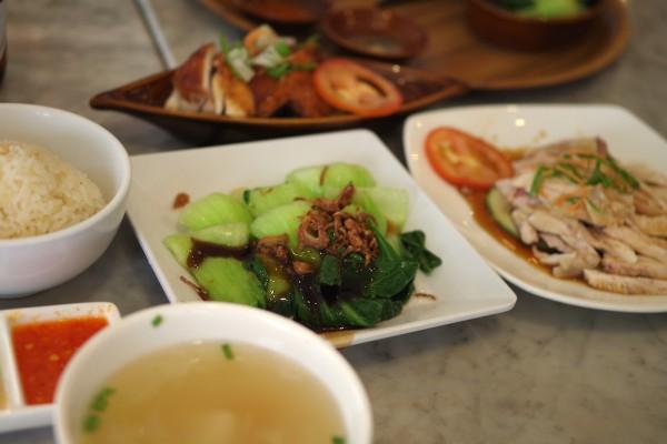 シンガポール・美味しいチキンライス