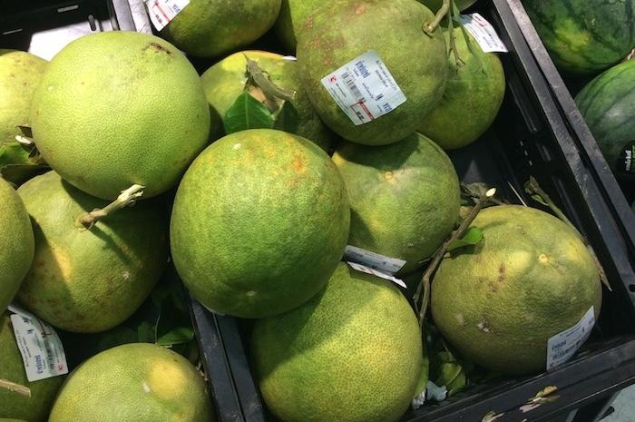 タイの大きい蜜柑 「ソムオー」
