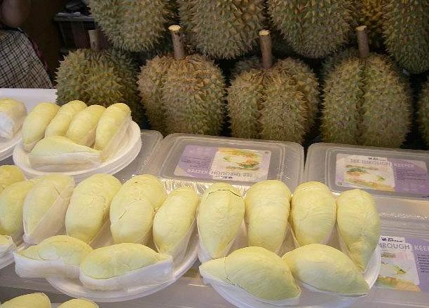 タイの果物の王様ドリアン