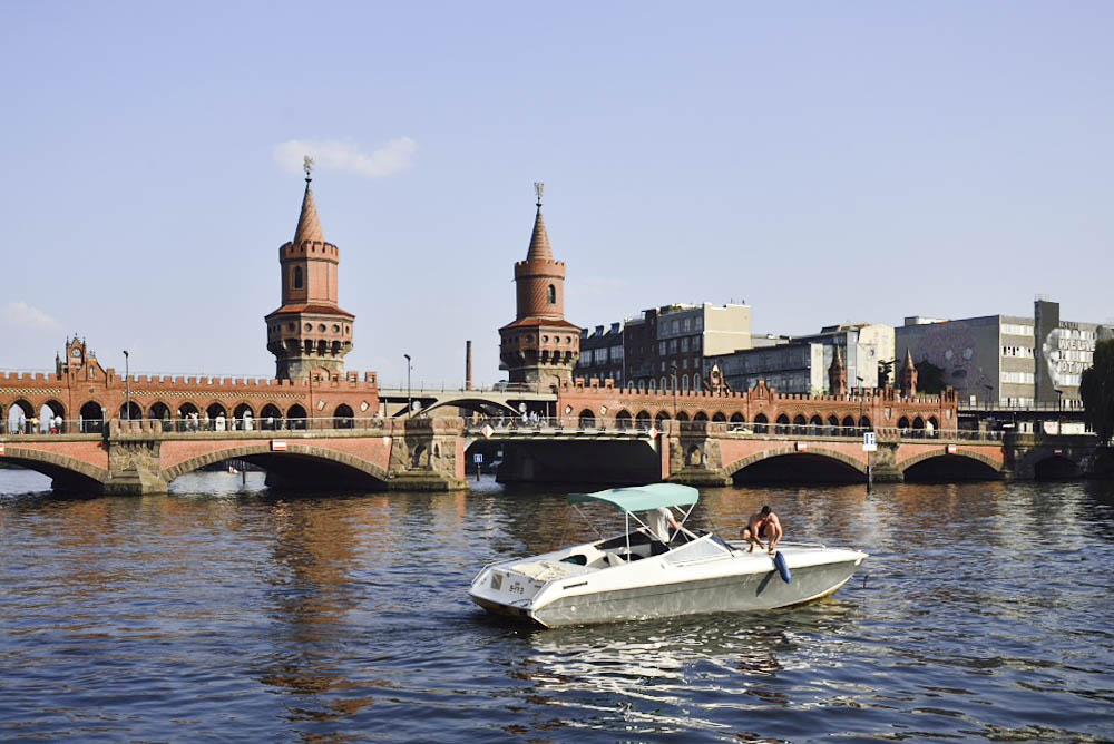 ドイツ、ベルリンの壁、オーバーバウム橋