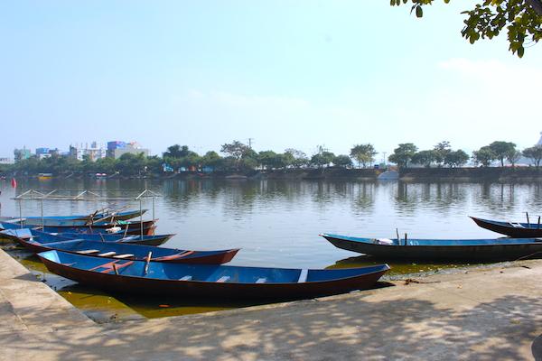 ボートでしか行けないベトナム人の聖地「香寺」・ハノイ