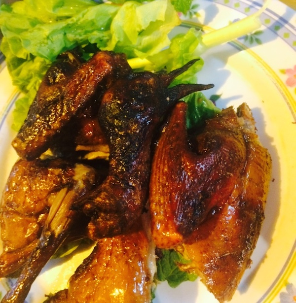 ベトナムのお肉事情、鳩の丸焼き