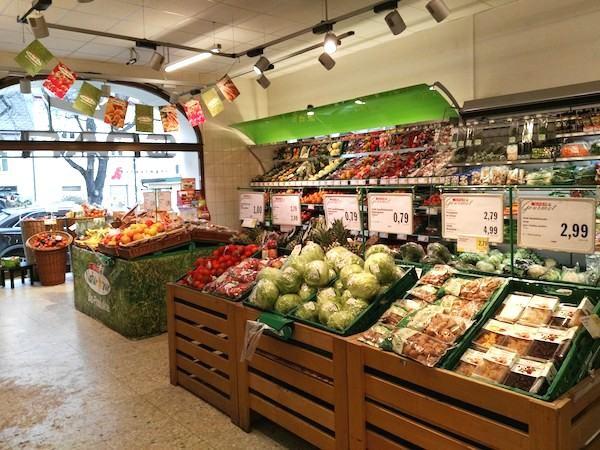 スーパーマーケットのシュパー(SPAR)
