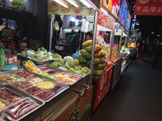 台湾の高雄の夜市