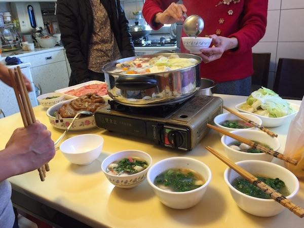 台湾の昼食風景