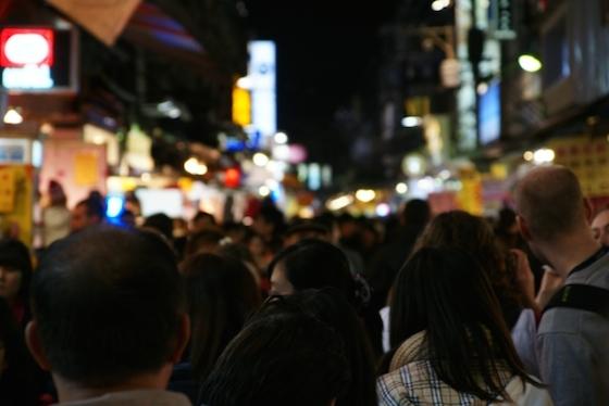 台湾高雄の夜市