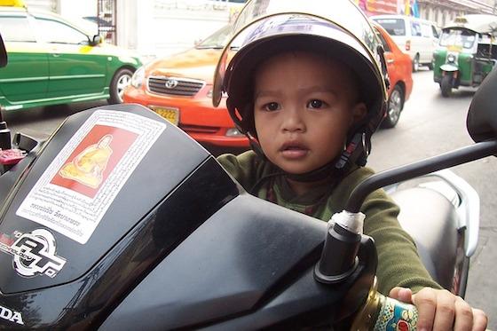 バンコクでバイクの運転