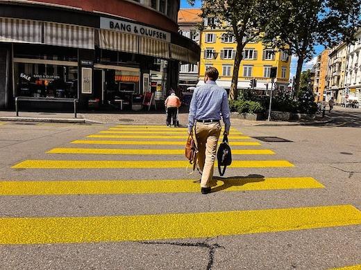 スイスの横断歩道