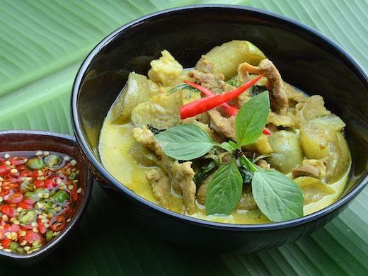 タイ料理ゲーンキョワーン
