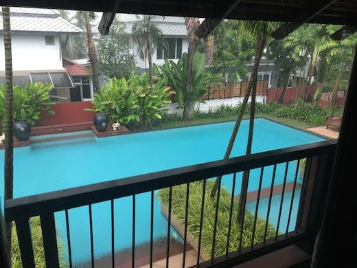 タイのプール付き物件