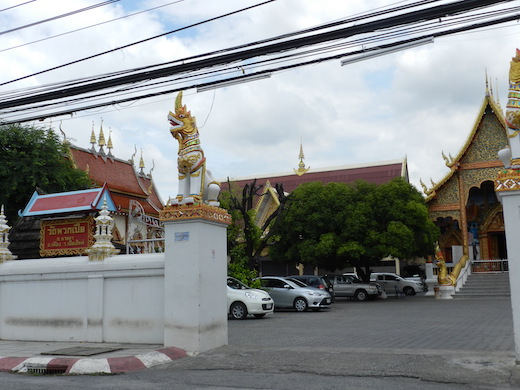 ワットプアックピア(Wat Phuak Pia)