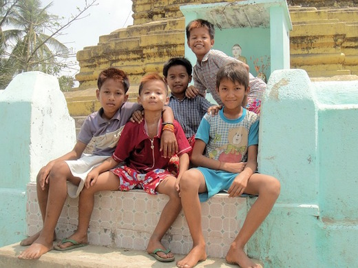 ミャンマーの子ども