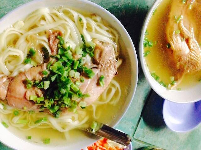 ミャンマーのチキンラーメン