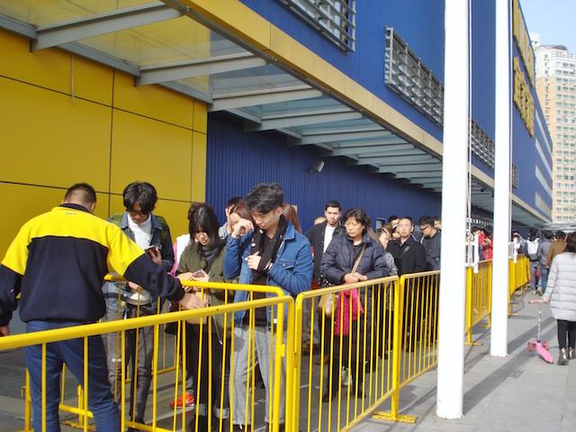 中国北京IKEAのたくさんのお客さん