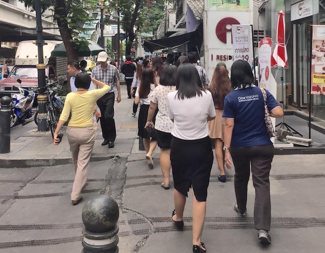 タイ女性の仕事ぶり