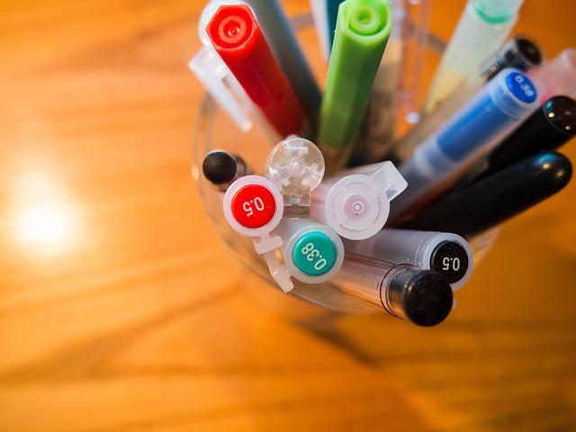 お土産に青色のペン