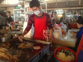 カンボジア市場(プサー)の食堂