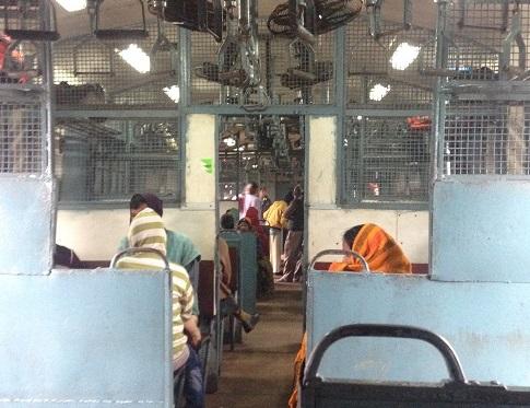 インドの長距離電車