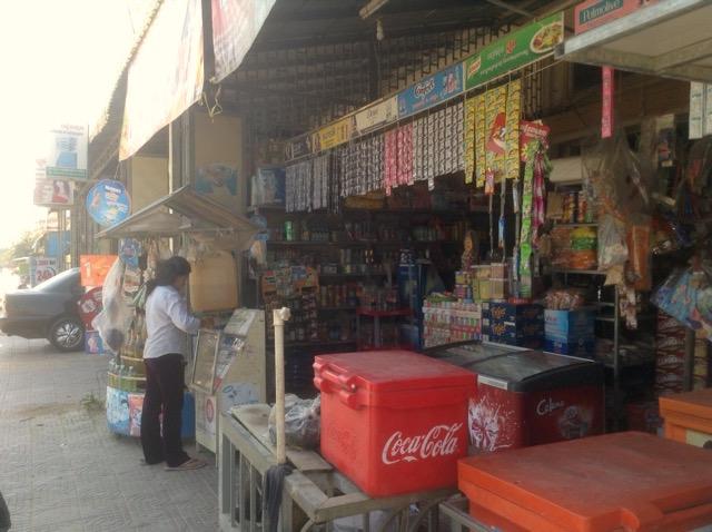 カンボジアで現地調達