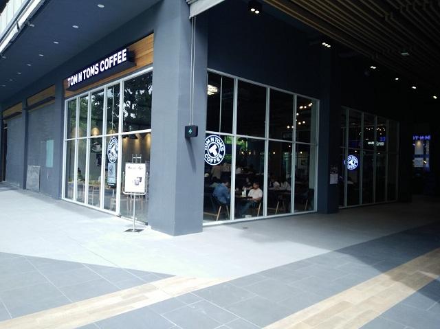 韓国資本のお洒落カフェ「TOM N TOMS COFFE」