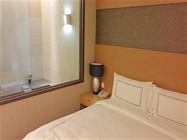 長榮鳳凰酒店(エバグリーンリゾートホテル礁渓)