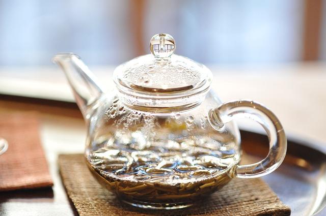 鶯歌の茶器