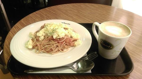 スパゲティとコーヒー
