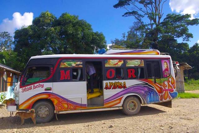 東ティモールのバス