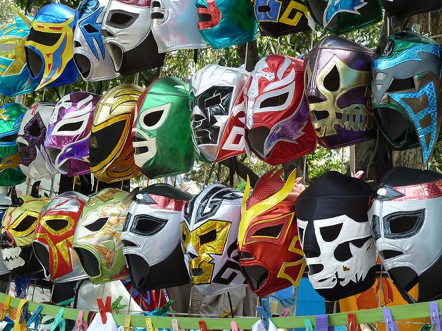 ルチャリブレのマスク