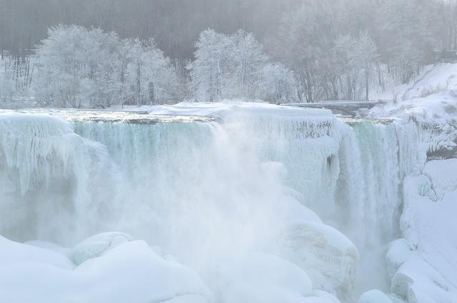 Niagara Falls(ナイアガラの滝)