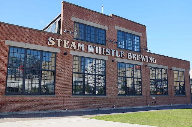 Steam Whistle Brewing(スチームホイッスルビール工場)