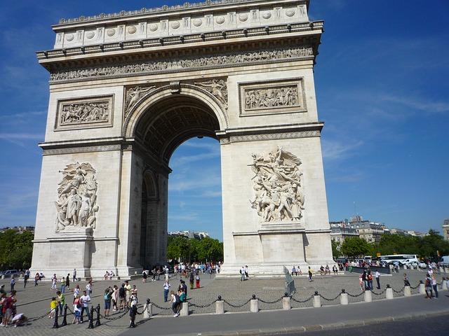 凱旋門(L'Arc de triomphe de l'Étoile)