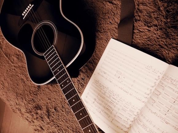 アコースティック・ギター
