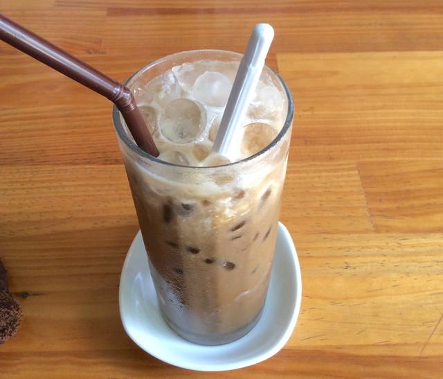 コンデンスミルク入りコーヒー