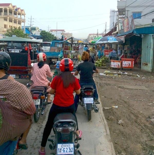 カンボジアの交通