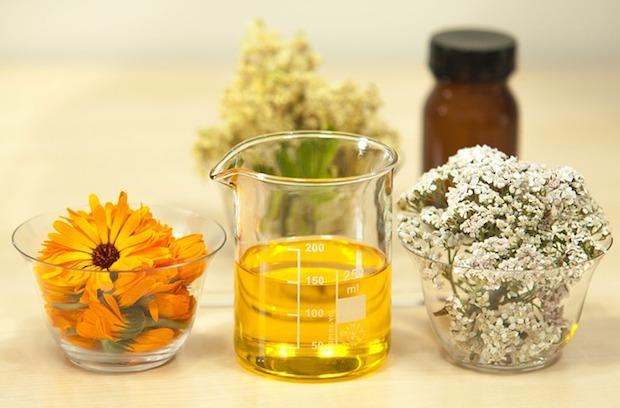 ホホバオイル(jojoba oil)