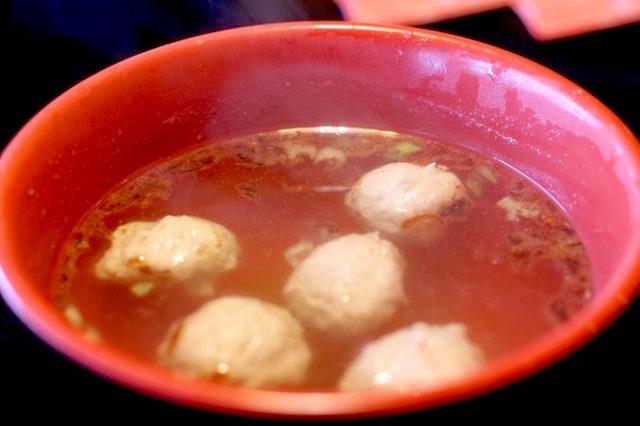 アヒル料理の鴨丸湯