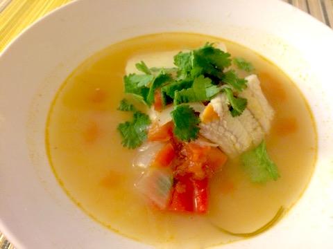 コングリオのスープ「カルディージョ・デ・コングリオ」