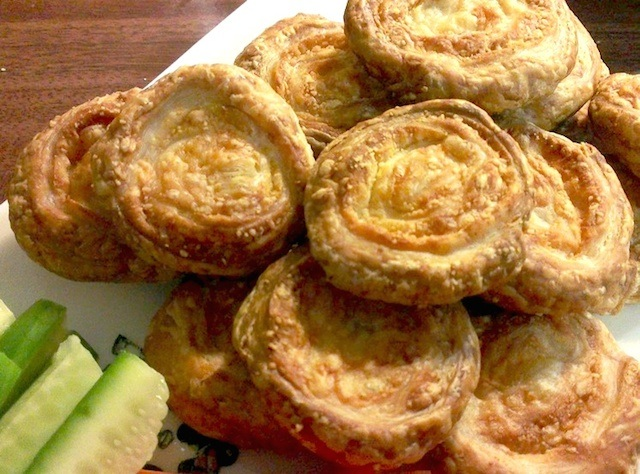 Cheesymite rolls(チーズィーマイト・ロール)