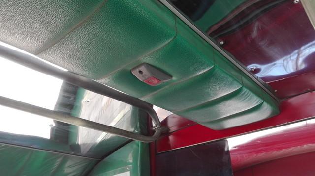 ソンテウの天井ボタン