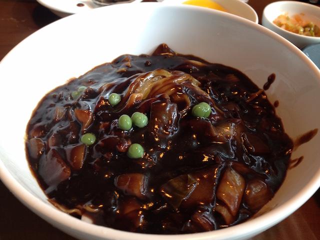 チャジャン麺(ジャージャー麺)
