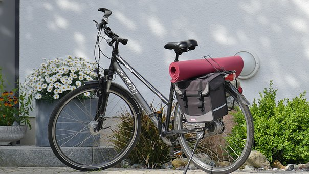 ヨガマットと自転車