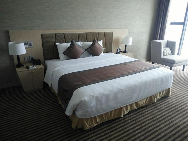 MUONG THANH LUXURYホテルのベッド