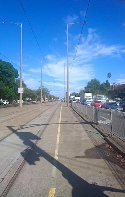 道路と線路