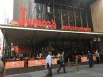 アメリカで大人気のレストラン「Junior's Restaurant」へ行ってきた