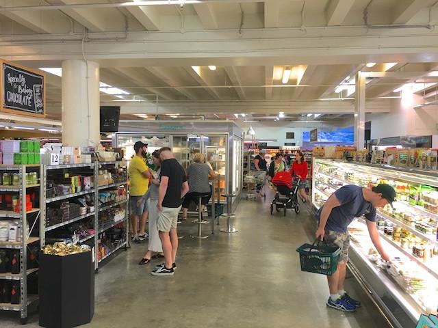 生鮮品売り場