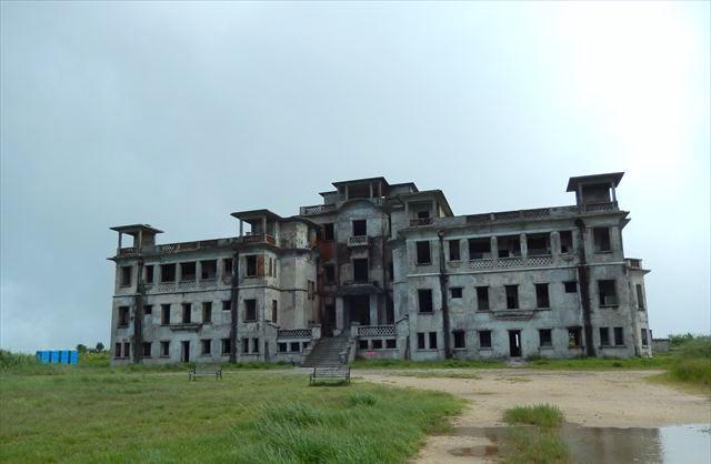 カジノホテルの廃墟