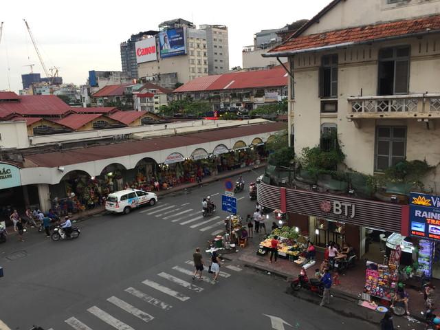 ベンタン市場