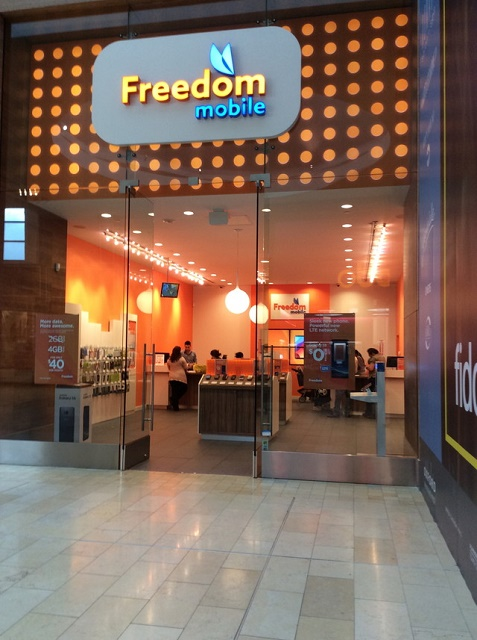 Freedom Mobile(フリーダム モバイル)