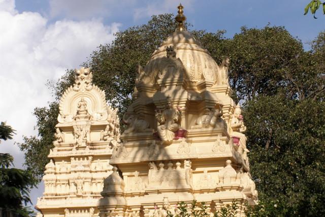 ヴェンカタラマン寺院の一部